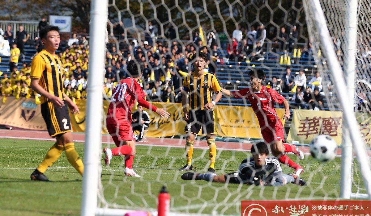 【写真館】第97回高校サッカー選手権福岡大会(準決勝)