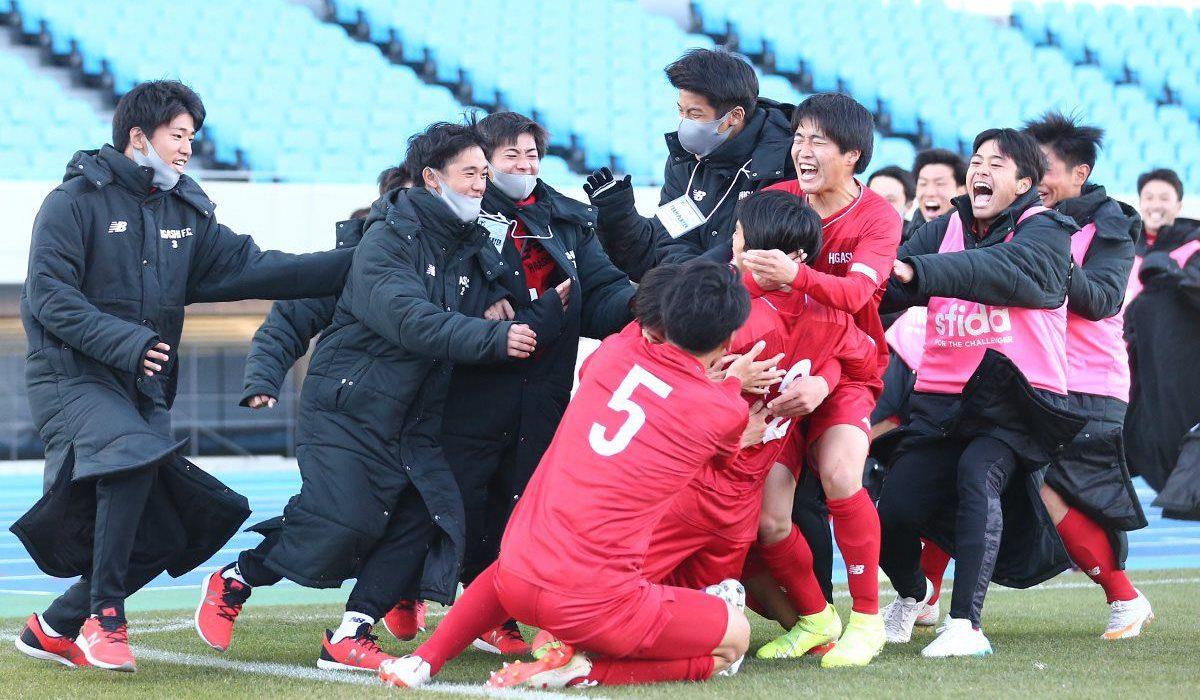 【写真館】第99回全国高校サッカー選手権大会(2回戦)